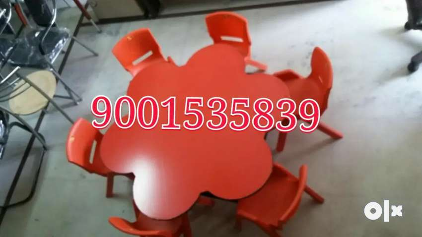 New play school furniture flowers shape table with six chair