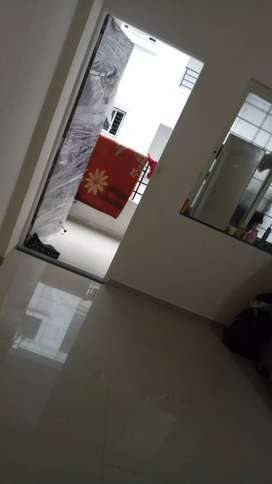 1bhk flat on rent,Shared room ,2 female/male roomates required