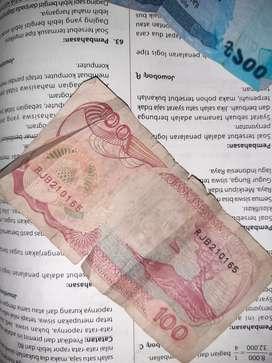 Uang 100 kertas