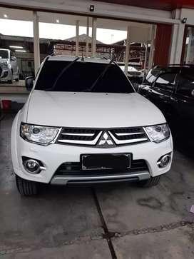 "Mitsubishi Pajero Dakar VGT Matic / AT ""2013"" Putih Diesel"