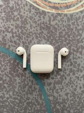 Apple Airpods 1st Gen-With Box