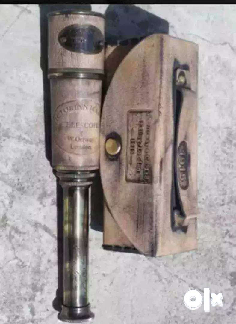It is a Dollond London Telescope, made of brass, of size 41.12 cm .df 0