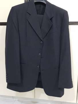 Raymond suit. Sparingly used in Mint condition.