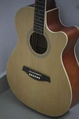 Lankro Acoustic Guitar | Pure wood body |