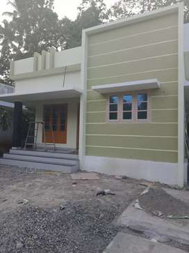 4 5 cent 950 sqft 2 bhk new build  at North paravur cheriyapally near