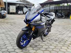 New Yamaha R25 V2