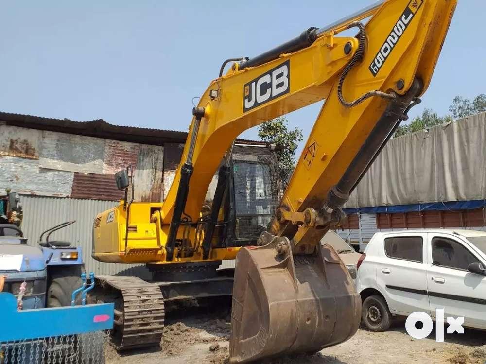 (2018) JCB JS 205 LC Excavator, Next to Showroom Condition.