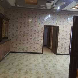 2 bed 1 drwaing room gas pani bijli parking available