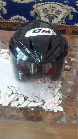 Helm GM masih mulus