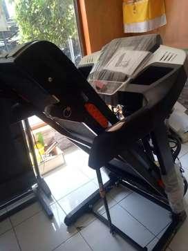 Treadmill i5 fitur lengkap siap antar gratis