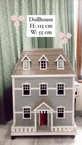 Rumah Barbie / Doll House