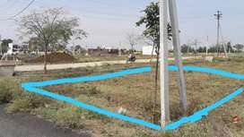 Plot sell 1643 sqft road touch