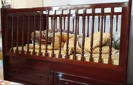 Ranjang/tempat tidur bayi