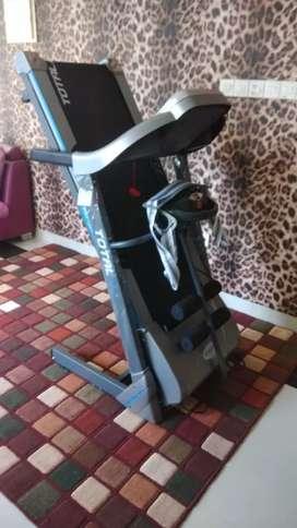 Big Power Treadmill elektrik TL 270 baruu