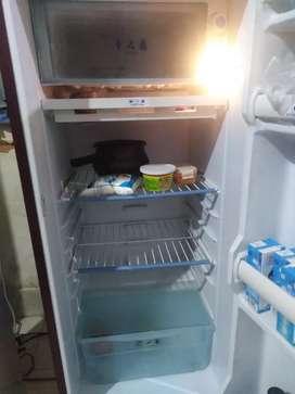 Gem 180 litres refrigerator