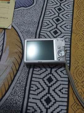 Nikon Coolpix   L18   Digital Camera
