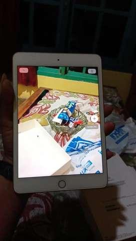 iPad Mini 5th Gen 64 GB Wifi