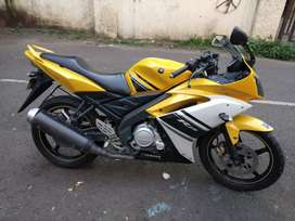 Offering Yamaha R15 V 1.0 yellow colour 2010 model in pune