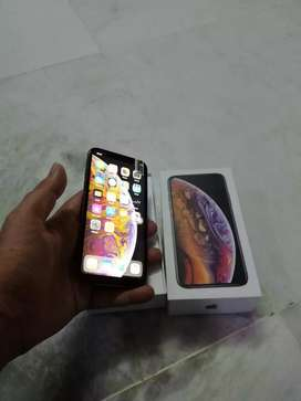 ** selling my apple iPhone phone awesome model 5s selling x with bill