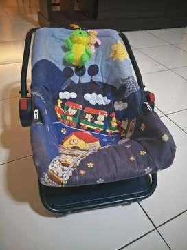 Car seat bayi warna biru