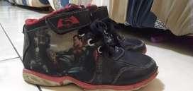 Sepatu Anak Merek Dan's Original size 31. Kondisi msh oke.