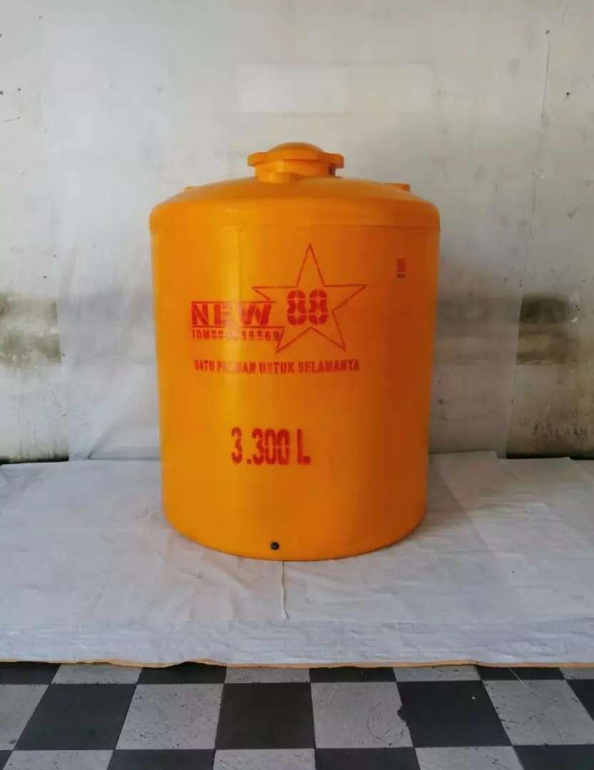 Tandon air 1000 liter bahan plastik tiga lapis toren 3000 liter