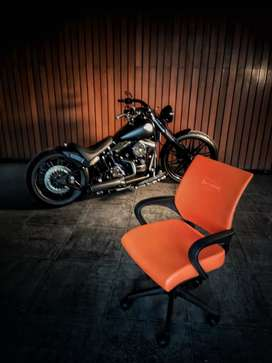"Kursi kantor logo ""Harley"""