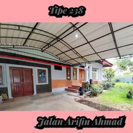 Hunian luas lega diJalan arifin ahmad dekat ke Bandara Pekanbaru