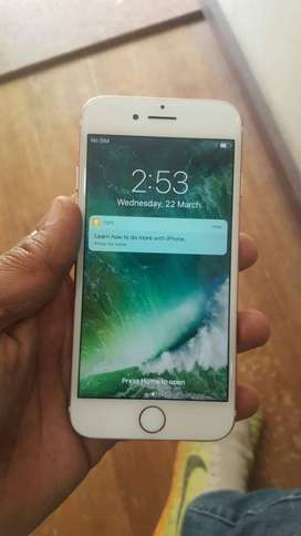apple  i  phone  7  refurbished    are  available  in  Offer  price