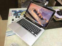mac book pro a1278 core i5 , 4gb ,500 gb ,dvd, 13.3 with warranty