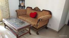 A strong built and beautiful Durian Sofa+Table on sale due2 Transfer