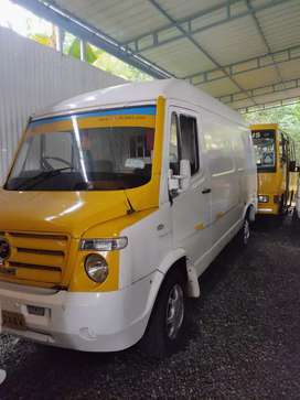 Traveller delivery van long chassis