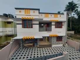 Contemporary Luxurious villa near main road