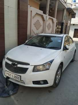 Very good condition car new seat cover new LED TV
