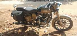 500 cc very good condition showroom mantain all documents updated