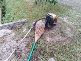 Jasa tukang potong rumput halaman rumah atau kapling