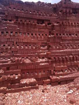 RED BRICKS SUPPLY AT JUST 13500 OF GOOD QUALITY