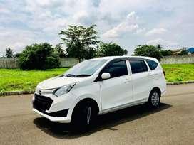 Daihatsu Sigra 1.2 X 2017 MT white metallic