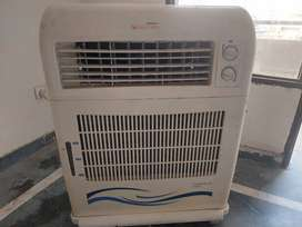 AC COOLER It is in very good condition.