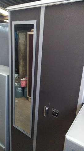 Big size metal cupboard