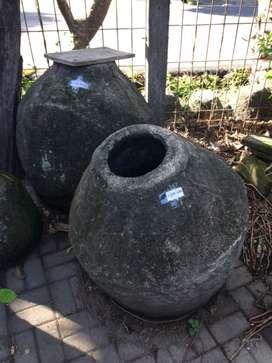 Gentong batu bulat