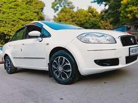 Fiat Linea Active 1.3, 2011, Petrol