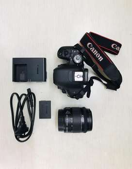 Canon 800D in mint condition & under comapny warranty.
