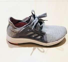 Sepatu adidas abu-abu