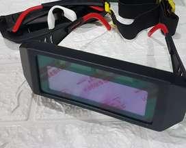 Kacamata las otomatis gelap / auto darkening