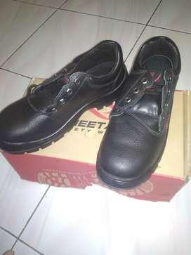 Sepatu septy merk cheetah