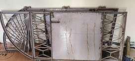 Iron door gate good condition