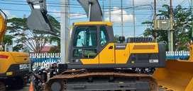 Excavator Volvo Model EC200D
