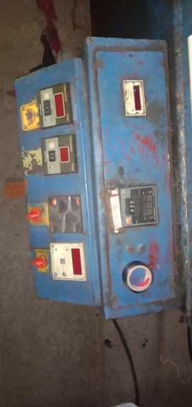 Vishwakarma injection moulding machine
