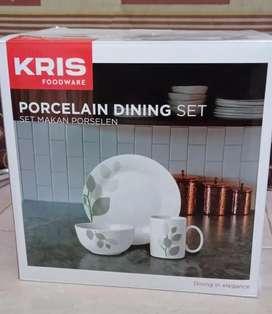 Kris Foodware Porcelain Dining Set